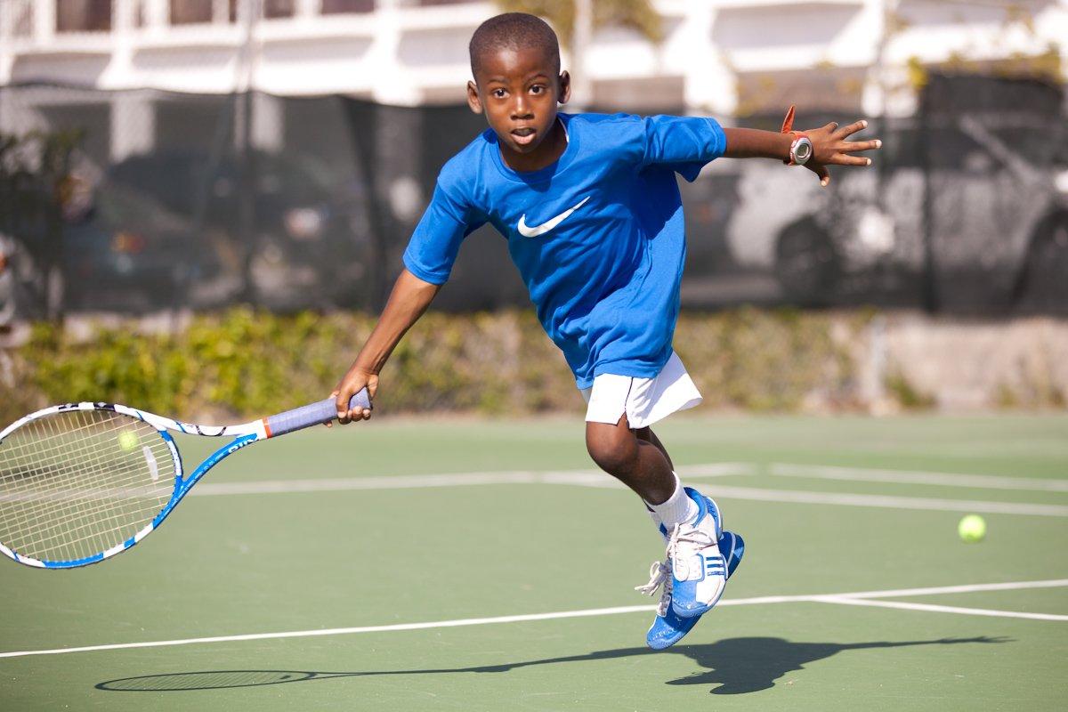 Gully-Bowe-Tennis-20110226-0025